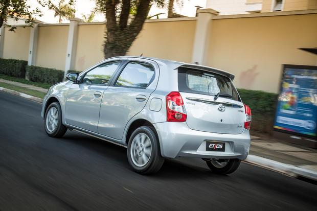 Novo Toyota Etios 2017