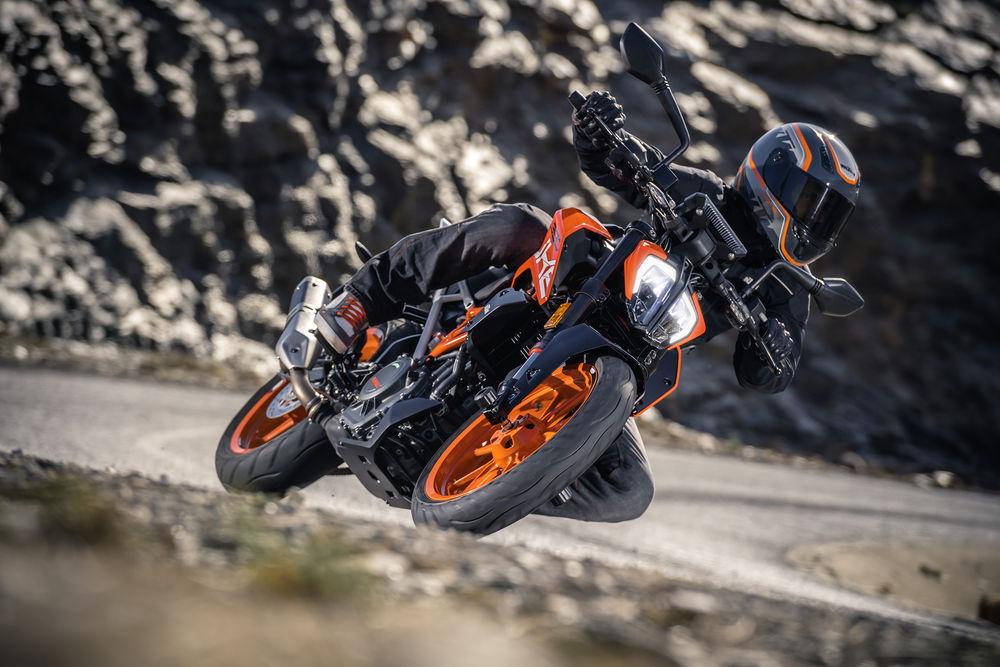 Nova KTM Duke 390 2017