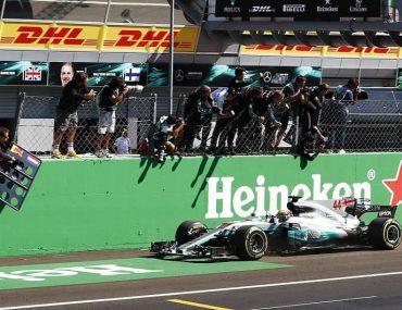Hamilton ganha Grande Prêmio da Itália com a Mercedes