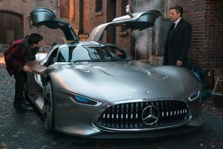 Batman escolhe uma Mercedes para o filme da Liga da Justiça