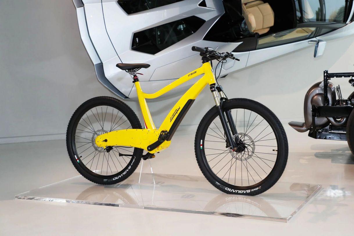 Lamborghini bicicleta