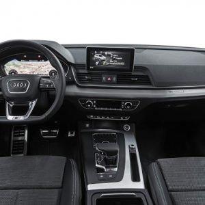 Audi e JAC integram câmera no para-brisa como item de fábrica