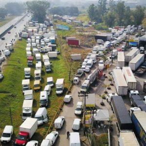 Abastecimento de combustível melhora em postos no brasil no 9° dia de greve